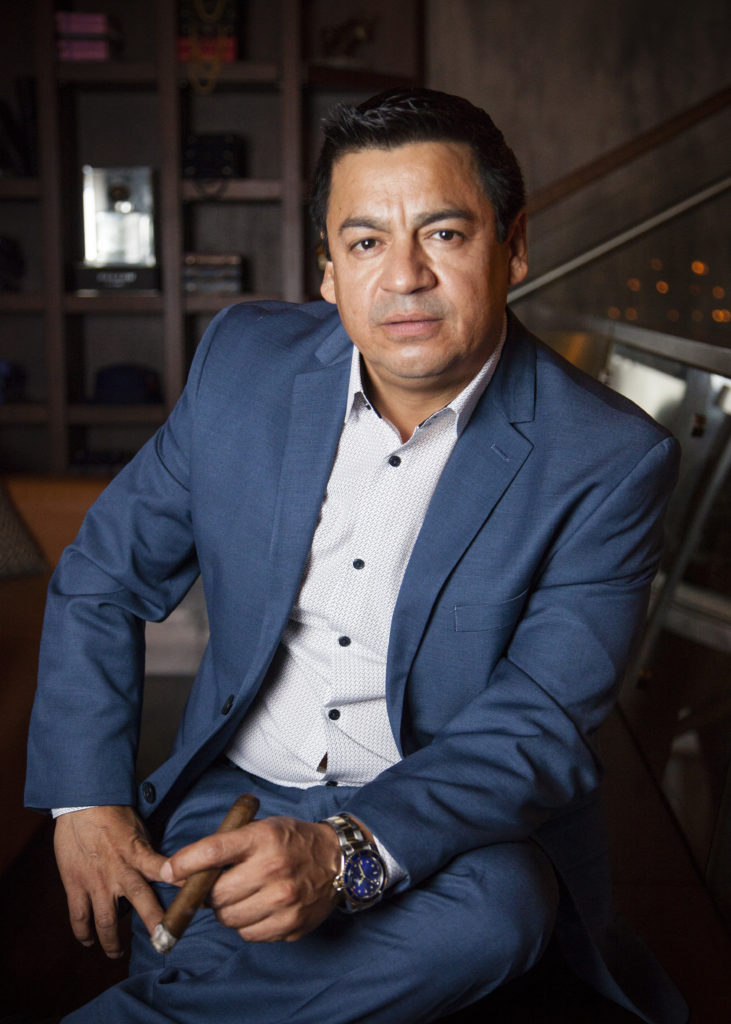 Mario W Palacios - Serial Entrepreneur, Expert Consultant, Businessman